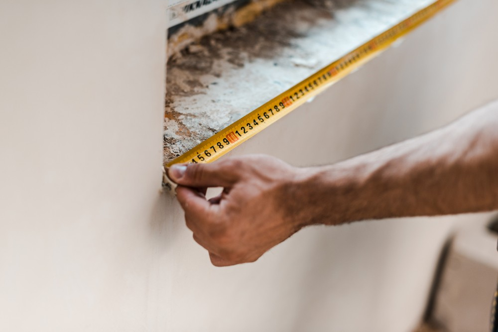 How to Take Measurements of Your House